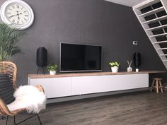 Kitchen Wall Cabinets, Ikea Kitchen Cabinets, Tv Cabinets, Accent Walls In Living Room, Ikea Living Room, Hack Sala, Ikea Tv, Ikea Hack, Tv Stand Designs