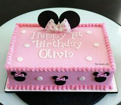 45 Cute Minnie Mouse Birthday Cakes