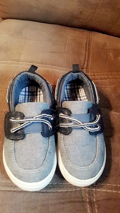 c7df8b3b84f Carters toddler boy shoes - Size 10 - Cute!  fashion  clothing  shoes