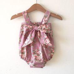 Bebé mameluco mameluco de niñas dulce bebé por DesignToCelebrate