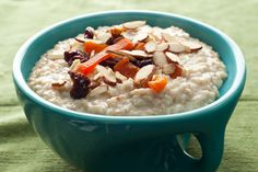 Slow Cooker Steel-Cut Oatmeal -- let the slow cooker do all the work while you sleep so it's ready in the morning!
