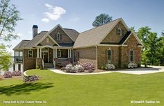 Plan of the Week Under 2500 sq ft - The Whitcomb 1218-D!  2157 sq ft, 3 beds, 2.5 baths. #WeDesignDreams #DonGardnerArchitects