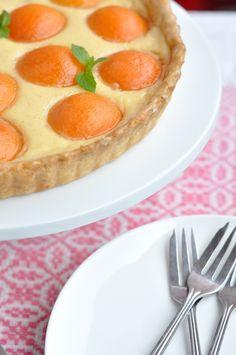 Tarta z morelami i kremem waniliowym - Kuchnia Agaty - najsmaczniejszy blog kulinarny! Pancakes, Pie, Breakfast, Ethnic Recipes, Desserts, Blog, Pies, Torte, Morning Coffee