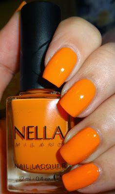 Wendy's Delights: Nella Milano Nail Lacquer Chilli Blaze @Nella_Milano #orangenails #brightnails #peachnails