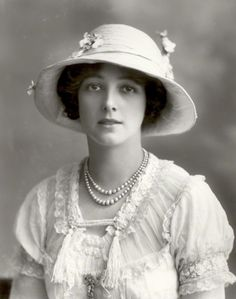 Olive May (nee Olive Mary Meatyard), Countess of Drogheda  by Bassano Ltd whole-plate glass negative, 13 March 1912