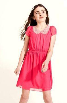 Too cute! Beaded collar chiffon dress
