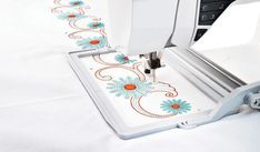 "Endless Embroidery Hoop II - HUSQVARNA VIKING® Item #: 920310096 Embroidery area (180 mm x 100 mm) 7"" x 4"""