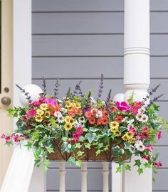 Best Flowers for Window Boxes - - Here is a list of shade-loving and sun-loving plants and flowers for planting window boxes. Learn window box planting tips from The Old Farmer's Almanac. Window Box Plants, Window Box Flowers, Window Planter Boxes, Fake Flowers, Amazing Flowers, Window Boxes Summer, Balcony Plants, Flowers On Porch, Potted Plants