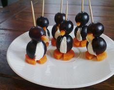 Kleine Pinguine mit Traubenfrack und Karottenfüßchen 43