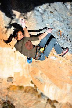 Une autre chose que j'aime beaucoup est l'escalade et c'est un sport qui aller tout de l'annee