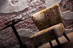 Kunststoff GFK Wandpaneele in der Optik eines alten Mauerwerkes im Dekor Backstein- Ziegel und Beton Outdoor Furniture, Outdoor Decor, Firewood, Dining Chairs, Bench, Design, Crafts, Home Decor, Brickwork