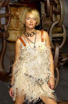 Dolce & Gabbana - Spring/Summer 2003