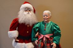 Mr. and Mrs. Claus - a lovely traditional pairing for the fireplace hearth or a welcoming committee....