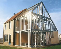Aço Leve - Light Steel Framing 10 things you should have know before you started the project Metal Barn Homes, Metal Building Homes, Pole Barn Homes, Building Design, Building A House, Metal Stud Framing, Steel Framing, Steel Frame House, Steel House