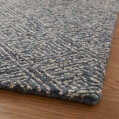 Carpet Cleaning Business, Carpet Cleaning Company, Room Rugs, Rugs In Living Room, Dark Carpet, Modern Carpet, Parquet Flooring, Floors, Contemporary Area Rugs