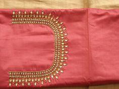Brocade Blouse Designs, Pattu Saree Blouse Designs, Simple Blouse Designs, Saree Blouse Patterns, Bridal Blouse Designs, Kurta Designs, Simple Embroidery, Hand Embroidery Designs, Mirror Work Blouse