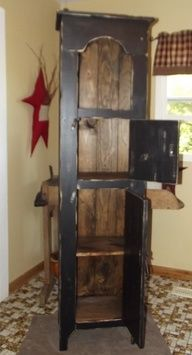 Prim Tombstone Cupboard----I would love to make this with tin punched doors. Primitive Bathrooms, Primitive Homes, Primitive Crafts, Primitive Shelves, Primitive Cabinets, Primitive Furniture, Repurposed Furniture, Painted Furniture, Prim Decor