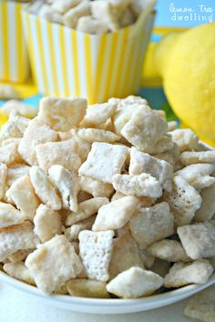 Lemon Bar Muddy Buddies - tastes just like a real lemon bar! --oh heavens!! So have to make me some of these!