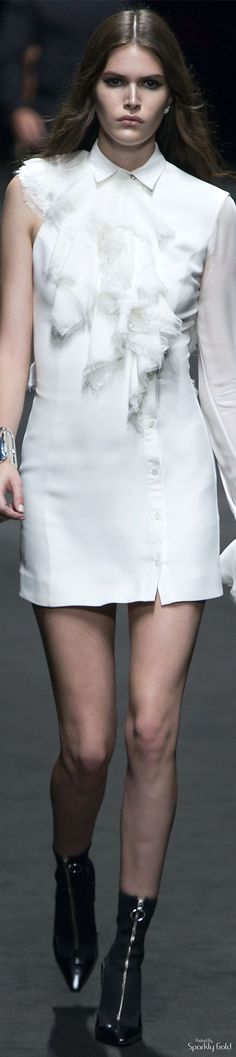 www.2locos.com Versace Spring 2017 Menswear