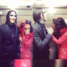 Ash Costello and Chris Motionless <3 they would make such a cute couple