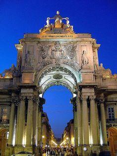 Arco da Rua Augusta, Lisbon, Portugal - must revisit at night. #miss
