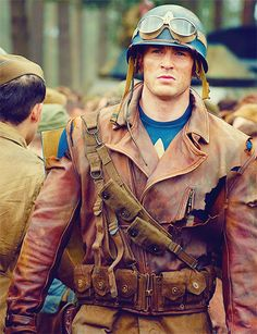 First image of Bucky Barnes (Sebastian Stan) in Captain America: The First Avenger, which also stars Chris Evans, Hayley Atwell, and Hugo Weaving. Bucky Barnes, Steve Rogers, Sebastian Stan, Dc Movies, Marvel Movies, Marvel Actors, Tony Stark, Marvel Dc, Captain Marvel