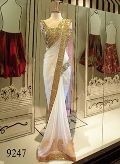 Be in the Limelight with this extremely gorgeous white saree ! White plain net mm designer saree with blouse piece White And Gold Saree, Off White Saree, White Gold, Fancy Sarees, Party Wear Sarees, Dress Indian Style, Indian Dresses, White Saree Wedding, Sari Bluse