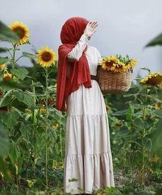 Piel Tutorial and Ideas Hijabi Girl, Girl Hijab, Hijab Dress, Hijab Outfit, Modele Hijab, Hijab Collection, Hijab Cartoon, Muslim Women Fashion, Hijab Niqab