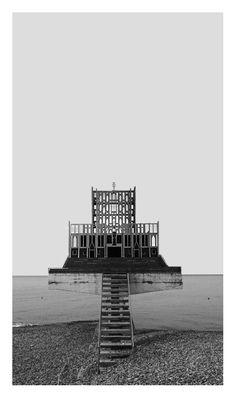 © fabio alessandro fusco La sedicesima apparizione/The sixteenth appearance  [Il fantasma di Taranto/Taranto's ghost] 25 08 2015 Based on a possible symmetry of Wes Anderson