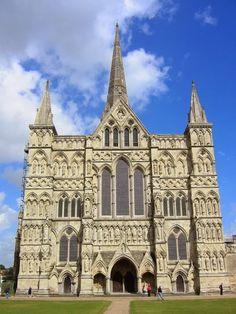 Fachada de la catedral de Salisbury