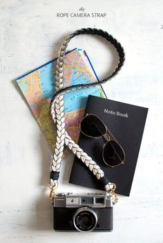 Rope Camera Strap A braided rope camera strap ensures ever-stylish snaps!A braided rope camera strap ensures ever-stylish snaps! Diy Camera Strap, Best Weekend Getaways, Do It Yourself Inspiration, Diy Sac, Diy Couture, Idee Diy, Diy Décoration, Diy Accessories, Camera Accessories