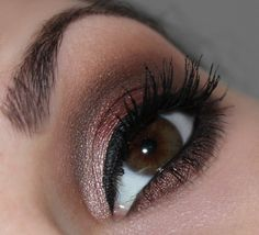 Beauty UK Posh Palette Eye Shadow No. 2 Masquerade http://www.talasia.de/2015/02/08/beauty-uk-posh-palette-eye-shadow-no-2-masquerade/