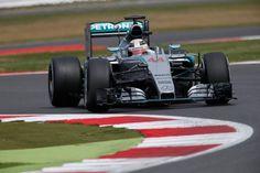 Cars - F1 : GP de Grande-Bretagne : Lewis Hamilton s'impose après une course disputée ! - http://lesvoitures.fr/f1-gp-de-grande-bretagne-lewis-hamilton-simpose-apres-une-course-disputee/