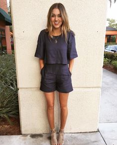 Love this gray linen two piece short outfit.