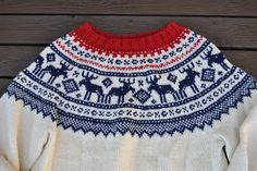 Risultati immagini per tradisjonell genser Free Chunky Knitting Patterns, Knitting For Kids, Knitting Designs, Free Knitting, Knitted Christmas Jumpers, Christmas Knitting, Knitting Increase, Knit Stranded, Fair Isle Knitting