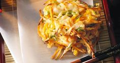 Bite through a crunchy tempura layer to tender morsels of juicy prawns in these fantastic, easy-to-make fritters.