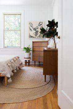 Mariana's bedroom.