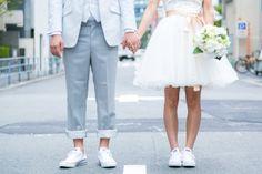 特選おしゃれフォト10】可愛いスニーカー特集♪|BLANC CHOUETTE ... Wedding Sneakers, Wedding Converse, Pre Wedding Photoshoot, Wedding Shoot, Couple Picture Poses, Korean Wedding, Weeding Dress, Casual Wedding, Ring Verlobung