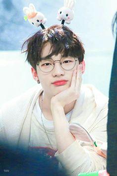 Stray Kids everywhere all around the world Minho, Wattpad, Park Jinyoung, Kim Jisoo, Lee Know, Look At You, Fan Fiction, K Idols, South Korean Boy Band