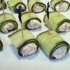 smoked salmon cucumber rolls using epicure selections lemon dilly dip mix.