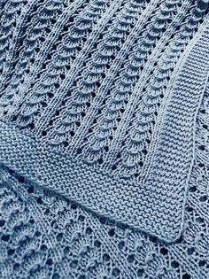 Free Knitting Pattern for 4 Row Repeat Little Shells Carseat Blanket - Baby blanket knit with a 4 row repeat shell lace pattern with only one lace row and 3 rows all knit or purl Aran weight yarn 1 - Crochet and Knit Lace Knitting Patterns, Free Knitting, Baby Knitting, Lace Patterns, Stitch Patterns, Plaid Laine, Cardigan Bebe, Free Baby Blanket Patterns, Aran Weight Yarn