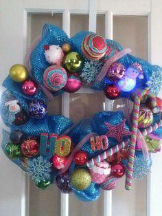 Childrens Christmas wreath Ornament Wreath, Ornaments, Childrens Christmas, 4th Of July Wreath, Christmas Wreaths, Balloons, Beautiful, Home Decor, Art