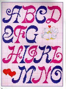 Graficos Ponto Cruz Abecedário (Amor) - A Minha Esfera Crochet Alphabet, Cross Stitch Alphabet Patterns, Cross Stitch Letters, Stitch Patterns, Crochet Patterns, Pixel Drawing, Canvas Wall Decor, Lettering Tutorial, Arts And Crafts Movement