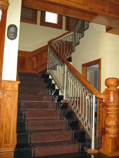 Home Interior Design, Building A House, House Interior, Feng Shui Stairs, Remodel, Stairs, Home, French Country Exterior, House Stairs