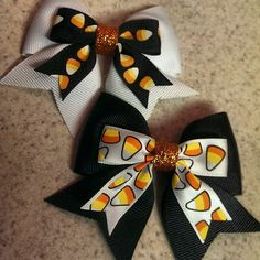 Candy Corn Bow $5 by LittleMsSprinkle on Etsy