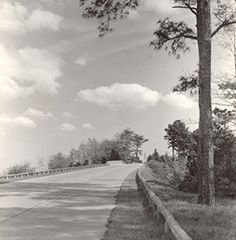 The Colonial Parkway is a twenty-three mile scenic roadway stretching from the York River at Yorktown to the James River at Jamestown. It connects Virginia's historic triangle: Jamestown, Williamsburg, and Yorktown.