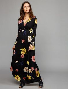 b0655968865 What can a pregnant woman wear for a wedding or a party  Floral trendy dress  for pregnant women