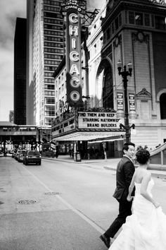 Classically Artful Chicago Wedding by LOLA Events. To see more: http://www.modwedding.com/2014/09/20/classically-artful-chicago-wedding-lola-events/ #wedding #weddings
