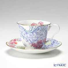 Wedgwood (Wedgwood) butterfly Bloom tea cup and saucer Blue / Pink