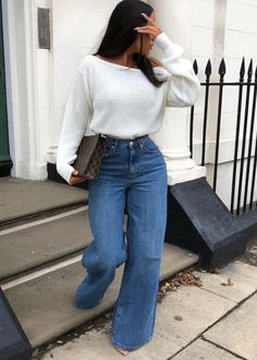 116723fb249 March 02 2019 at - Luxurious Fashion and Style Inspiration - Popular  Cultural Trends and Global Brands - Clothing and Wardrobe - Luxury Shopping  - Haute ...